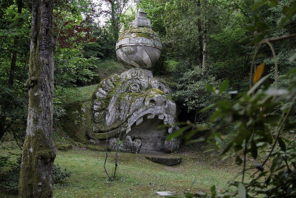 Representación de Proteo en el Jardín de Bomarzo